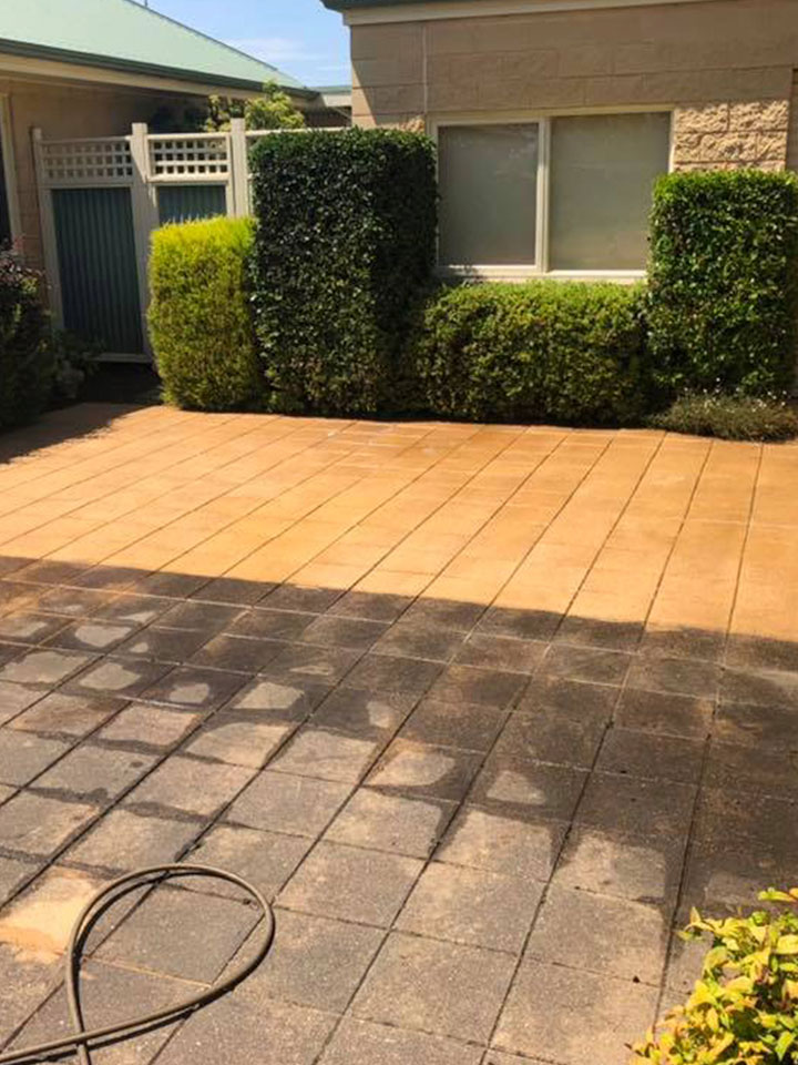 Outdoor Pavement/ Tile Cleaning Melbourne